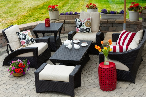 17 Cool Summer Patio Ideas for Every Budget