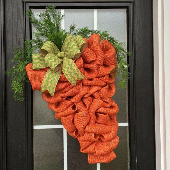 Burlap Carrot Wreath