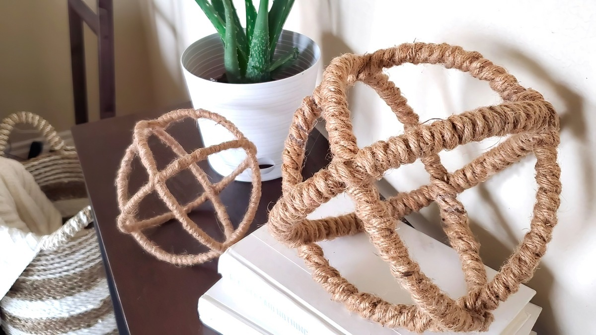 10 DIY Home Decor Crafts to Make with Rope