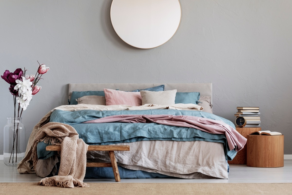10 DIY Nightstand Ideas for Your Bedroom