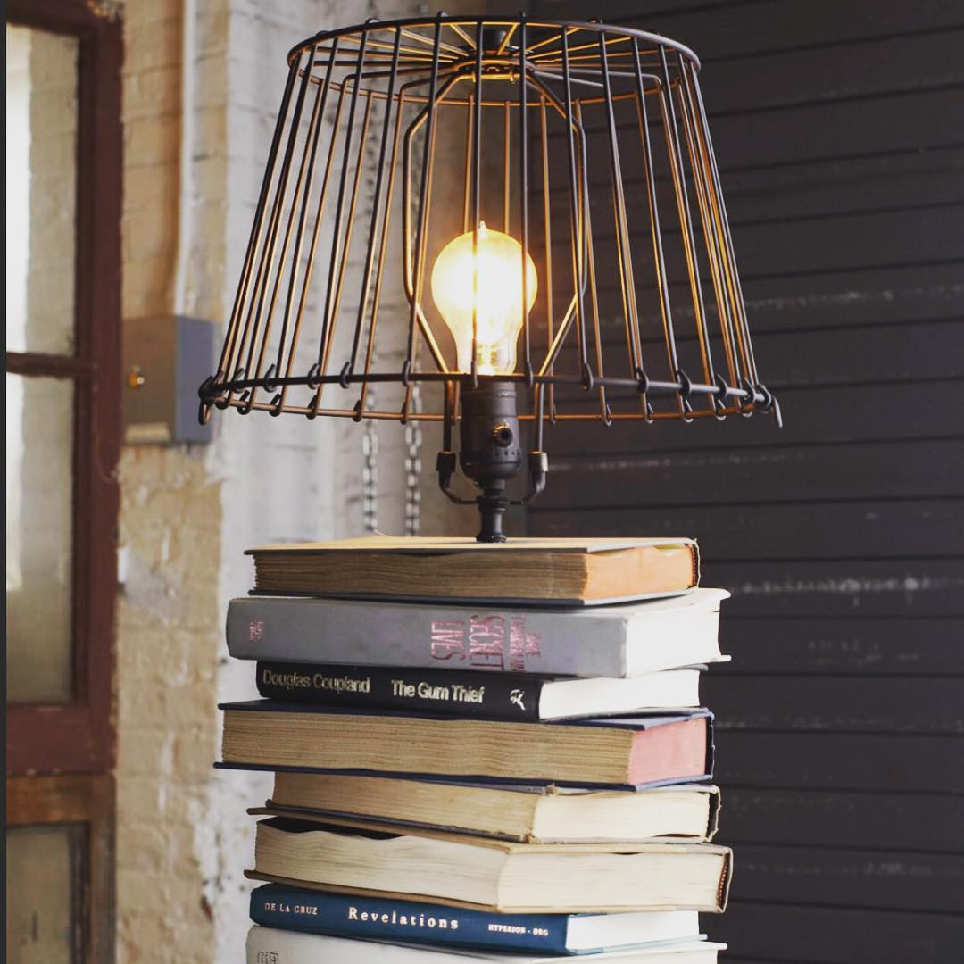 A book lamp