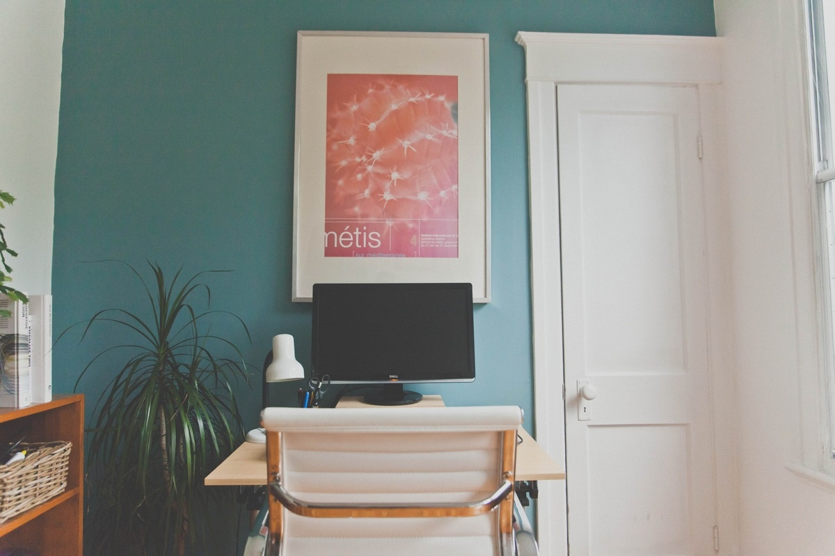 Home Office Decor Ideas - Add a Splash of Color
