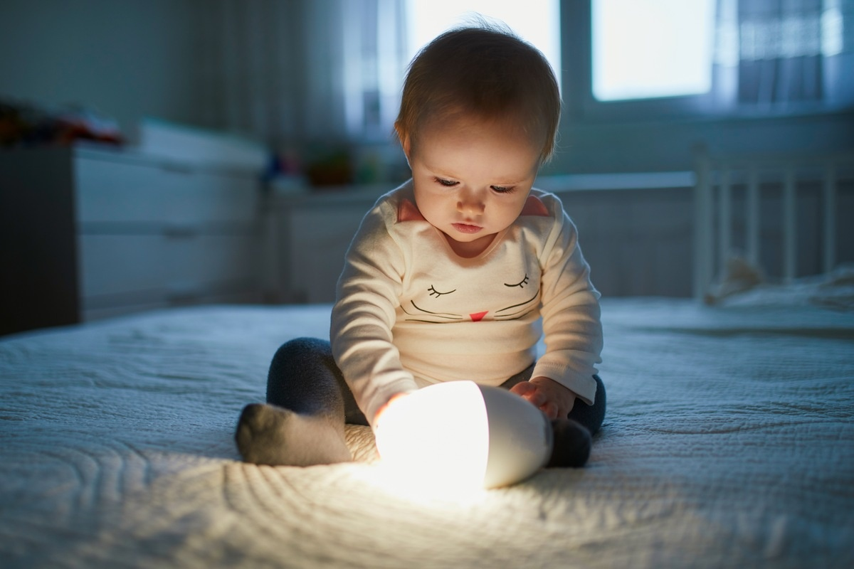 10 Fun Nightlights for Your Child's Room