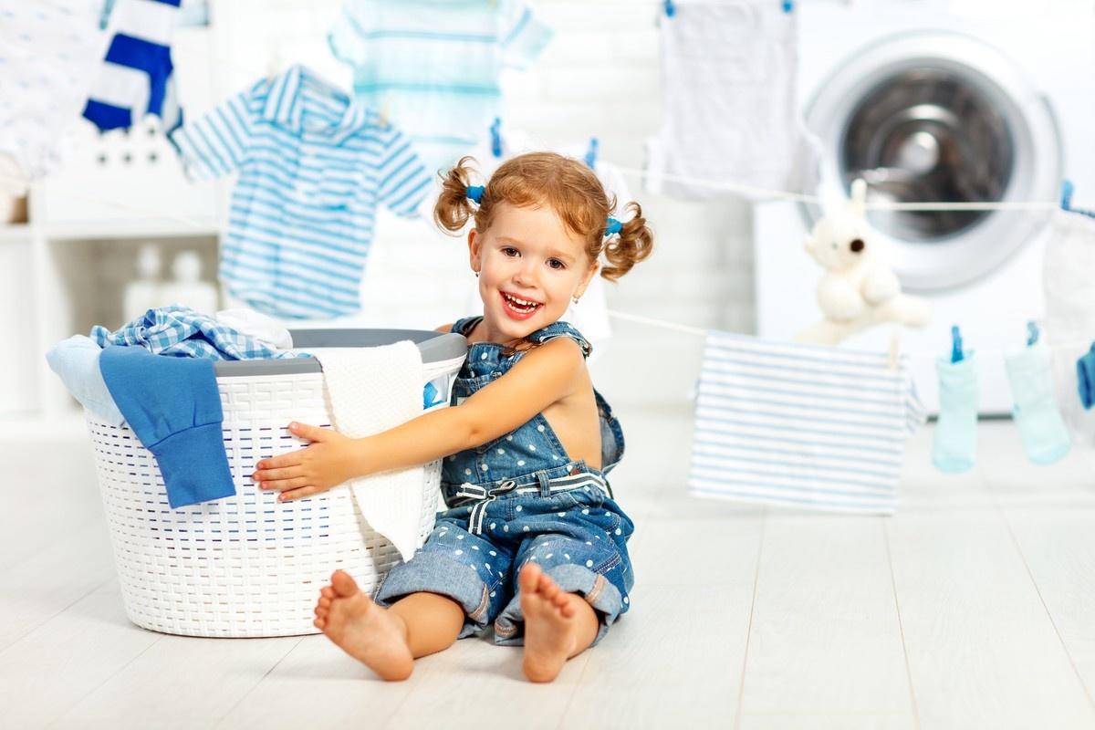 10 DIY Laundry Room Decorating Ideas