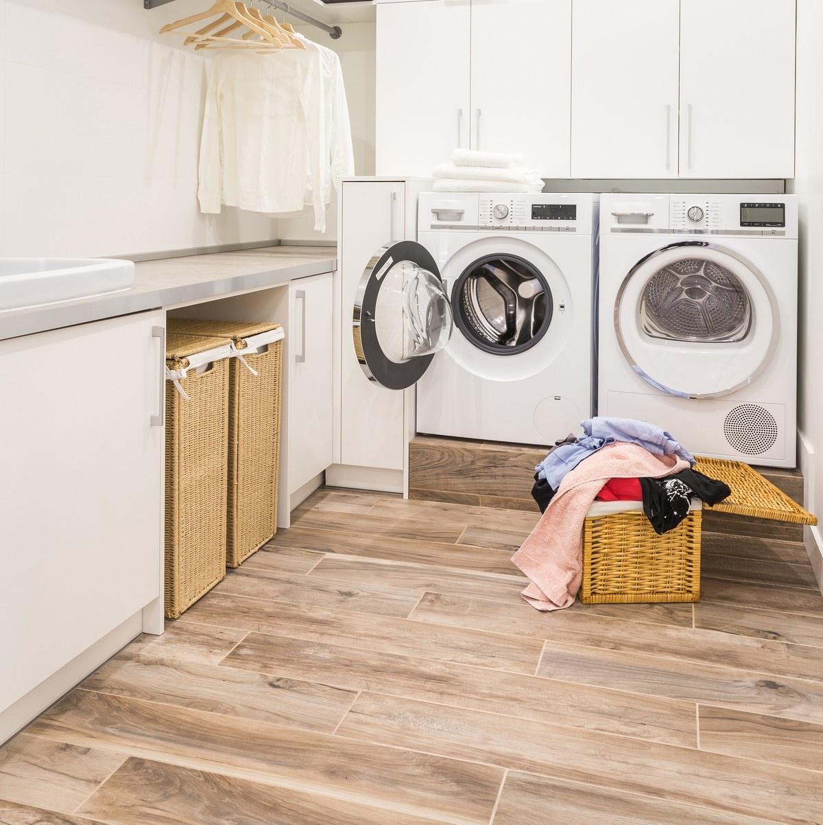 Laundry Room Decorating Ideas - Tidy Up